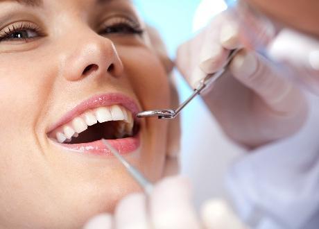 Почему стоматологи настаивают на регулярных осмотрах